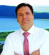 Michael Carvalho